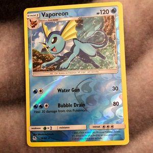 Pokémon Vaporeon reverse Holo card hidden fates